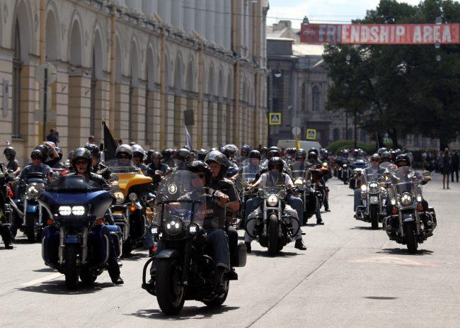 мотопробег мотофестиваль Harley Days мотоциклисты байкеры улица Зодчего Росси