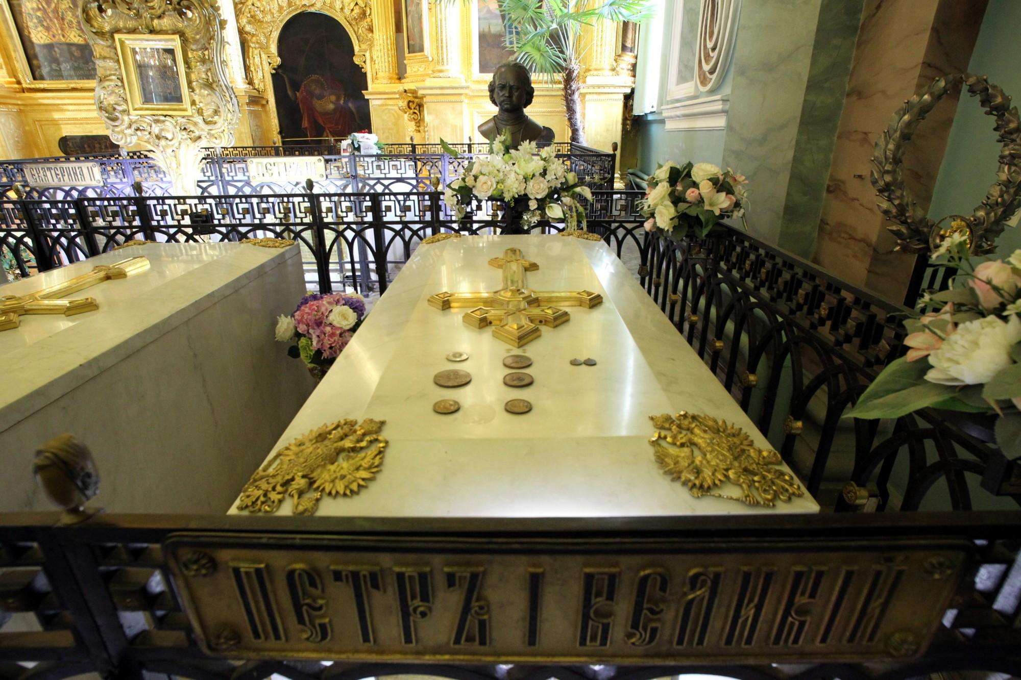 усыпальница Петропавловский собор царская гробница Пётр I