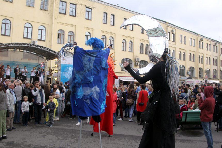 фестиваль живые улицы маскарад карнавал ходули
