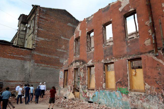 дом Изотова Кирилловская 23 историческое здание снос разборка руины развалины