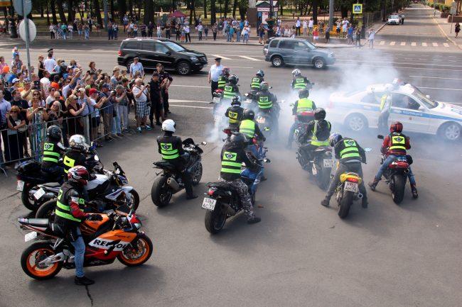 мотофестиваль Harley Days мотоциклисты байкеры палёная резина