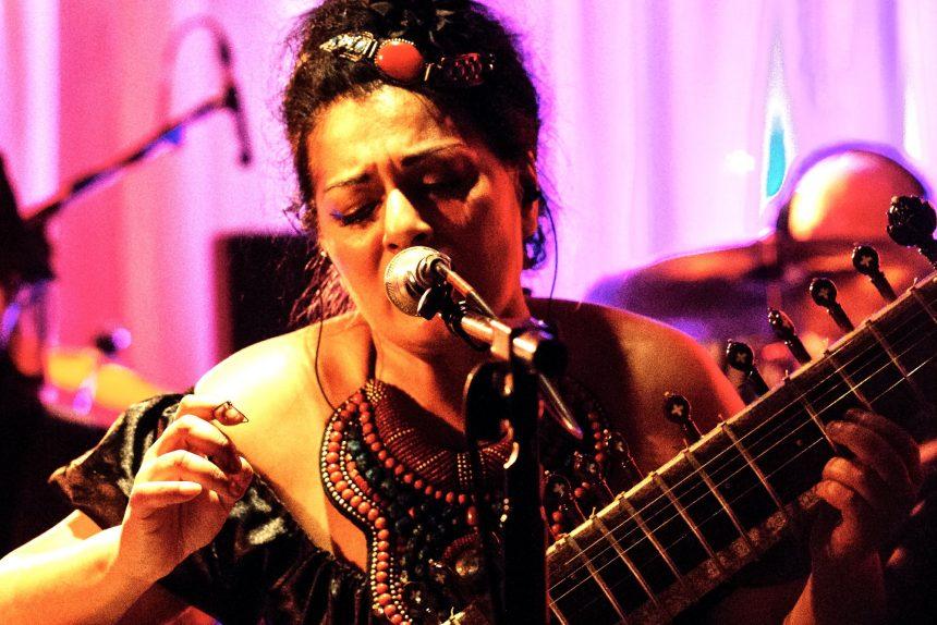 Sheema Mukherjee Шима Мукерджи ситар музыкант Индия