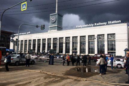 площадь Ленина Водоканал ремонт трубопровода Финляндский вокзал