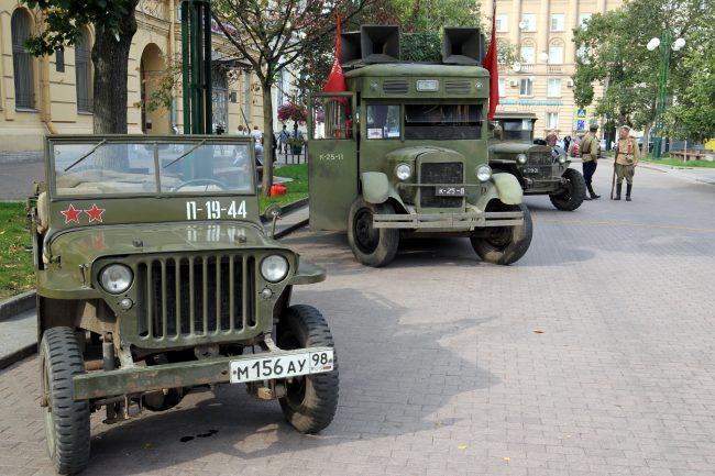 день памяти жертв блокады Ленинграда 8 сентября военная ретро техника Соляной переулок