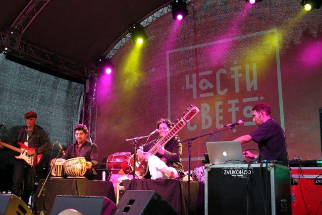 фестиваль Части света Sheema Mukherjee Шима Мукерджи