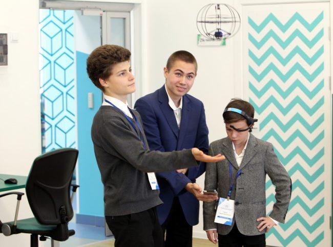 академия цифровых технологий дети школа образование обучение робототехника