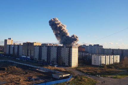 дым взрыв на заводе пиротехники Гатчина