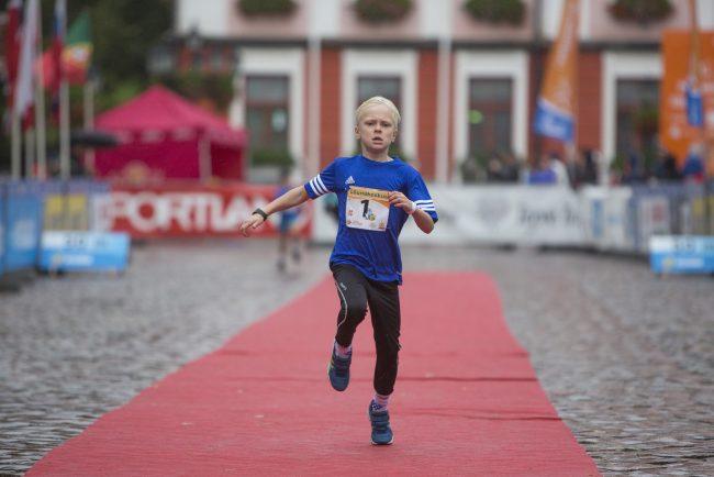 марафон Тарту лёгкая атлетика бег детский спорт дети