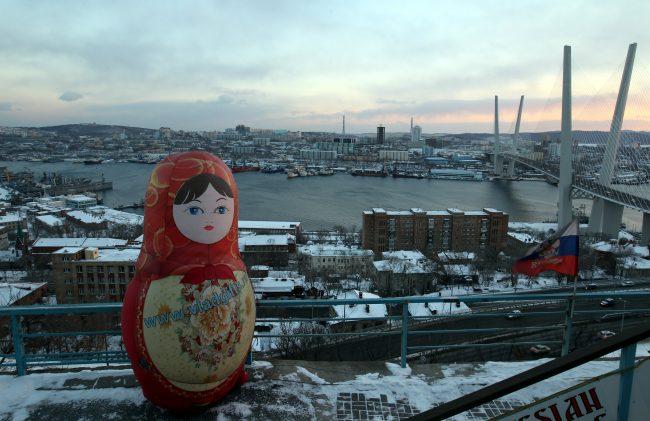 Владивосток Золотой мост матрёшка