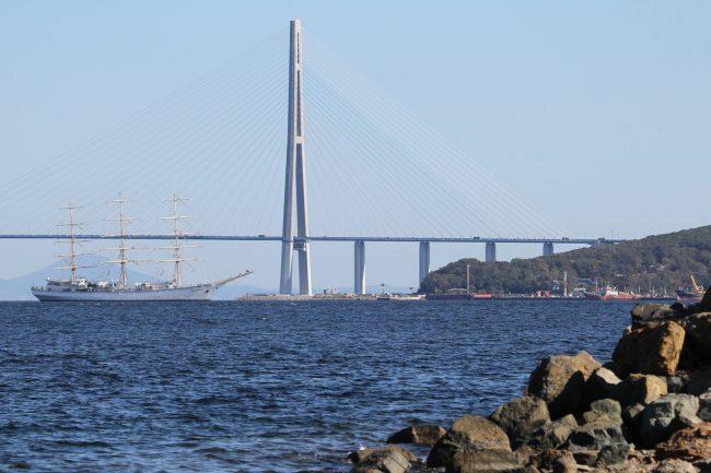 Владивосток пролив Босфор Восточный Русский мост