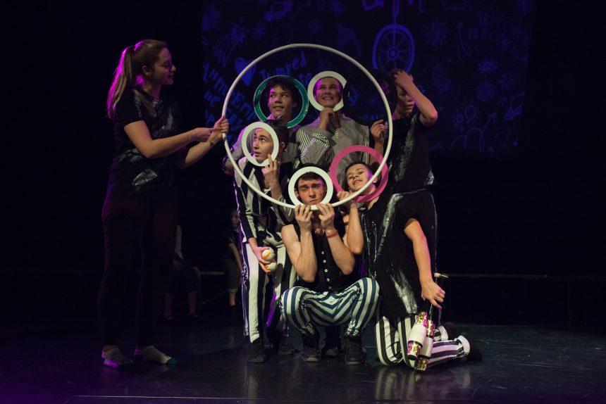 Артисты Упсала-Цирка устроили хулиганский баттл в прямом эфире