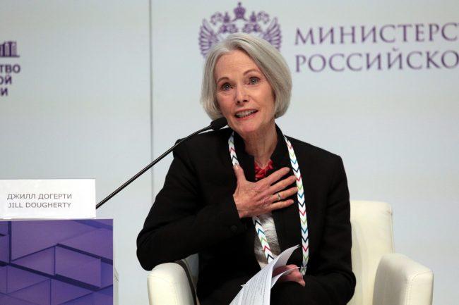 VII Петербурсгкий международный культурный форум Журналист, экс-глава московского бюро CNN Джилл Догерти