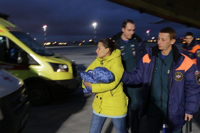 авиация МЧС скорая помощь доставка тяжелобольных детей