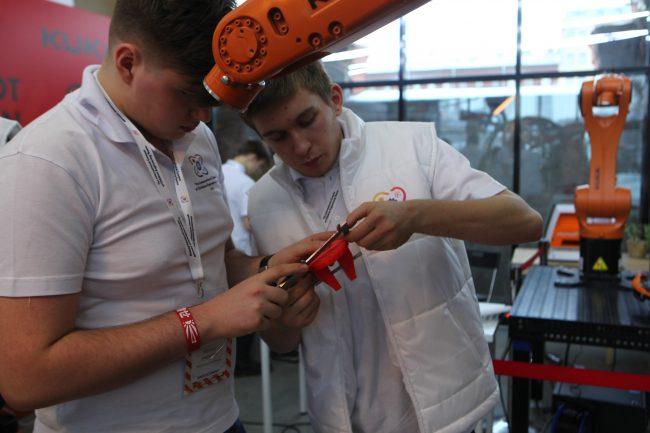международный конкурс детских инженерных команд планетарий робототехника