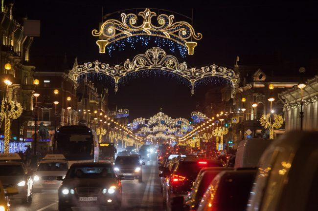 невский проспект подсветка праздник новый год рождество машины дорога новогодние украшения