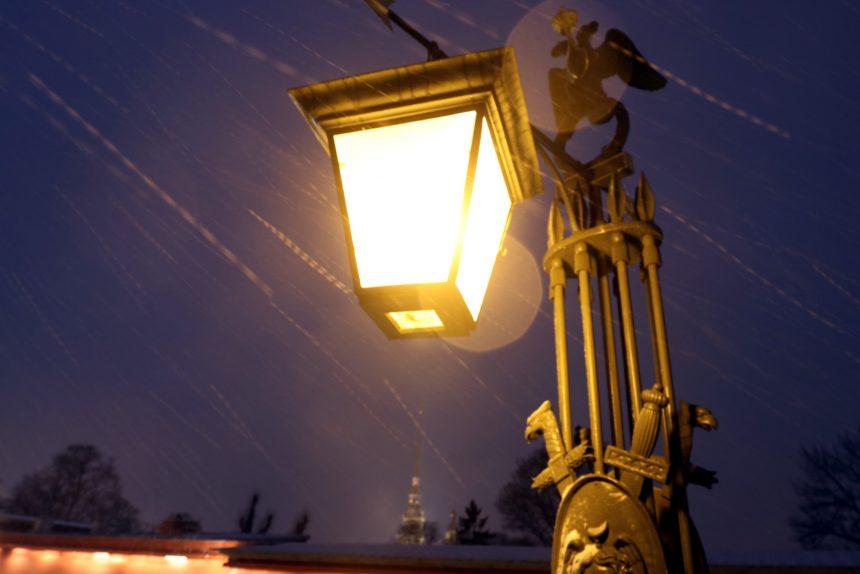 В Петербурге и Ленобласти ожидаются снег и ветер