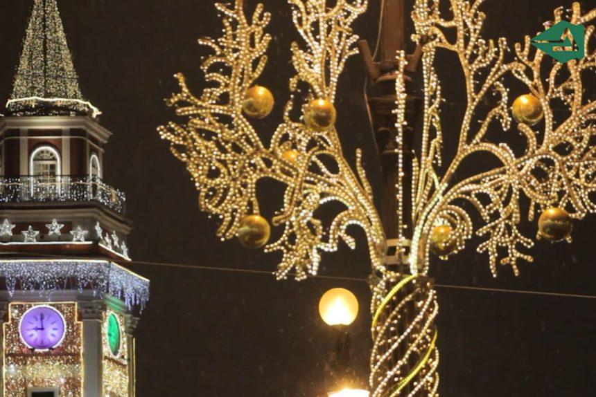 Новогодние украшения, городская подсветка