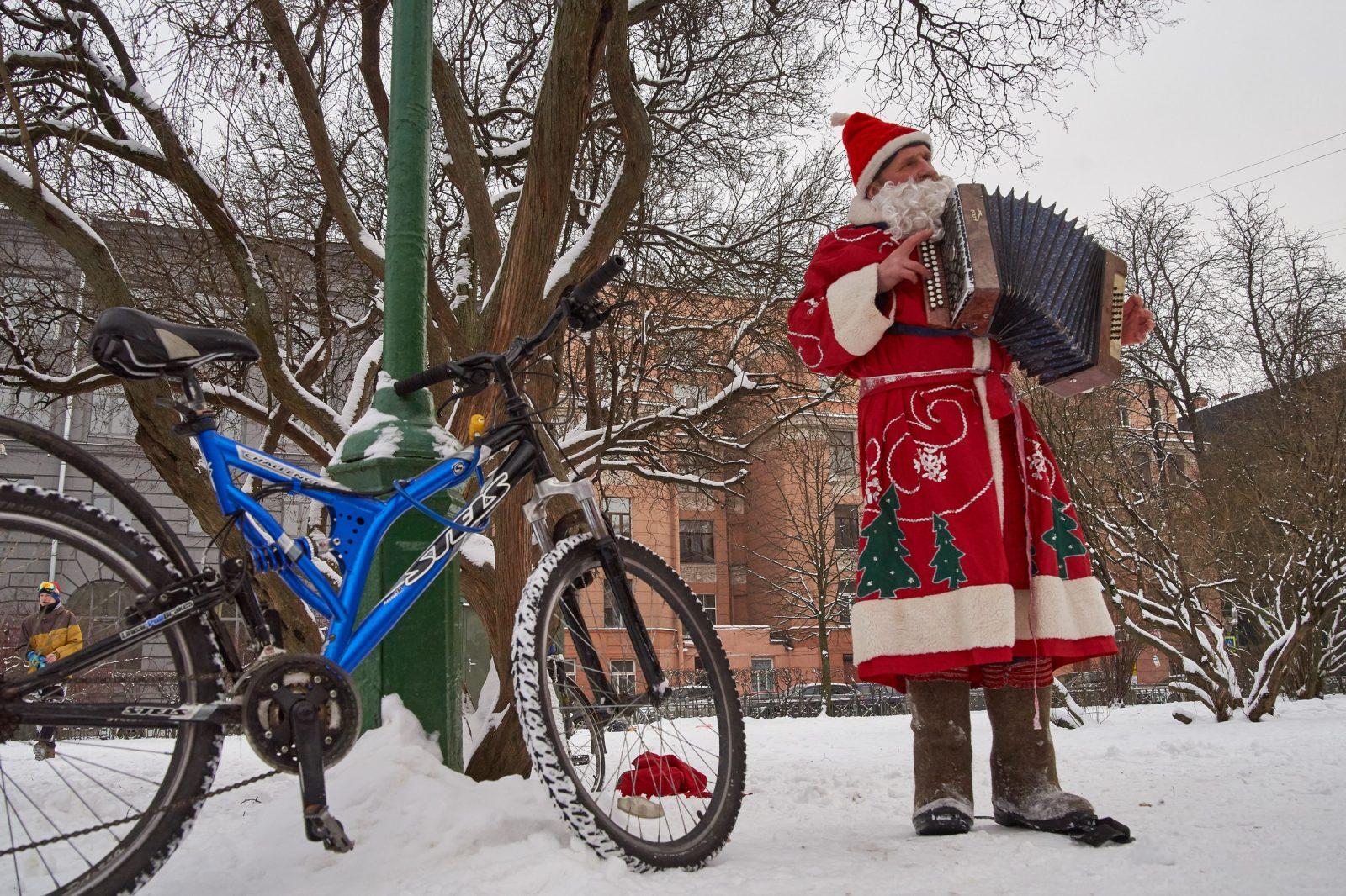 Дед мороз, велопарад