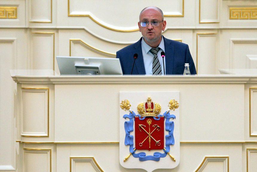 Суд отказался удовлетворить иск Резника к Беглову