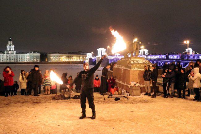 новый год 2019 новогодние праздники огненное шоу