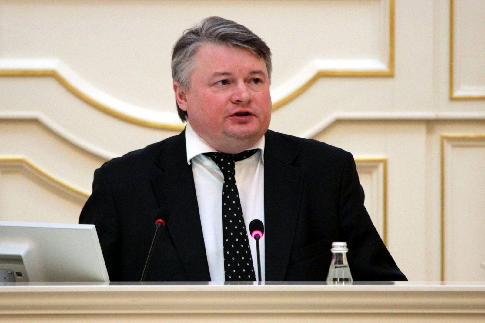 Эдуард Батанов вице-губернатор Законодательное Собрание ЗакС