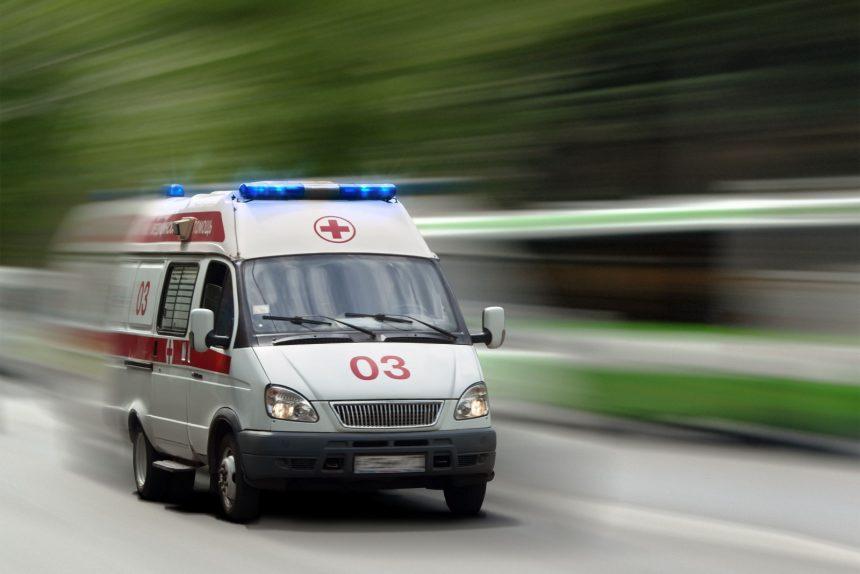 Дебошира из Мурино приговорили к общественным работам за угрозы медикам