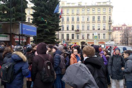 эвакуация университет ИТМО телефонный терроризм