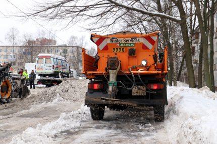 уборка снега дорожная техника