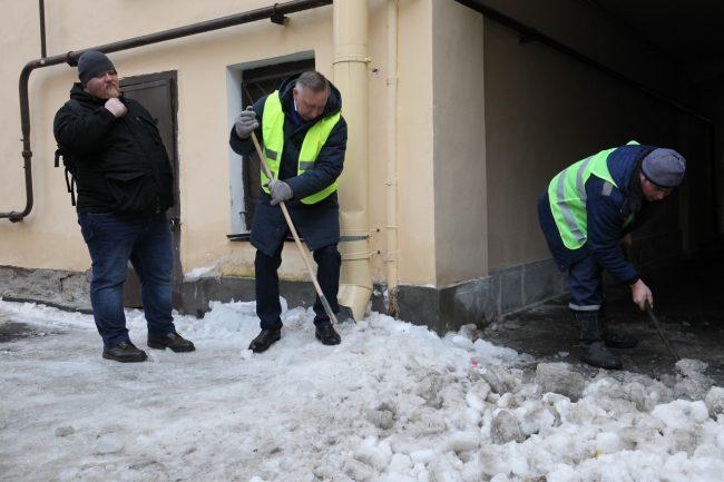 зимняя уборка снега беглов