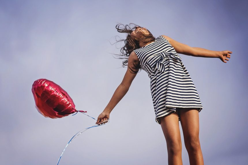Почему так сложно быть счастливым? Отвечают психолог и нейрофизиолог