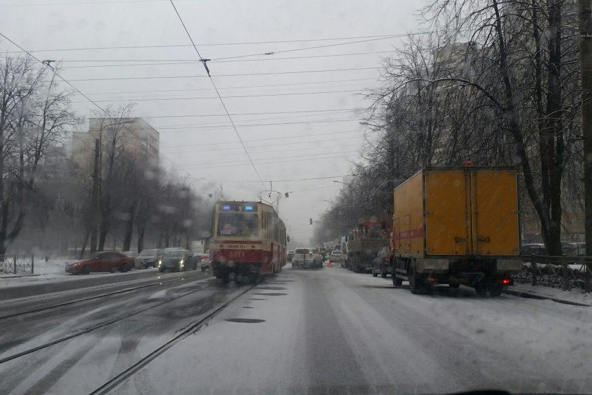 #зимавернулась: что петербуржцы пишут о снегопаде в соцсетях