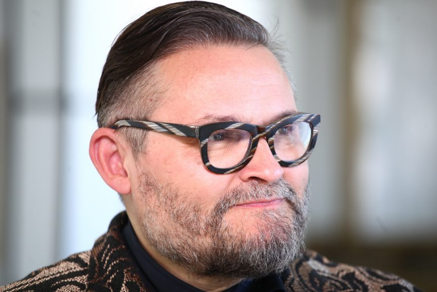 Васильев Александр историк моды