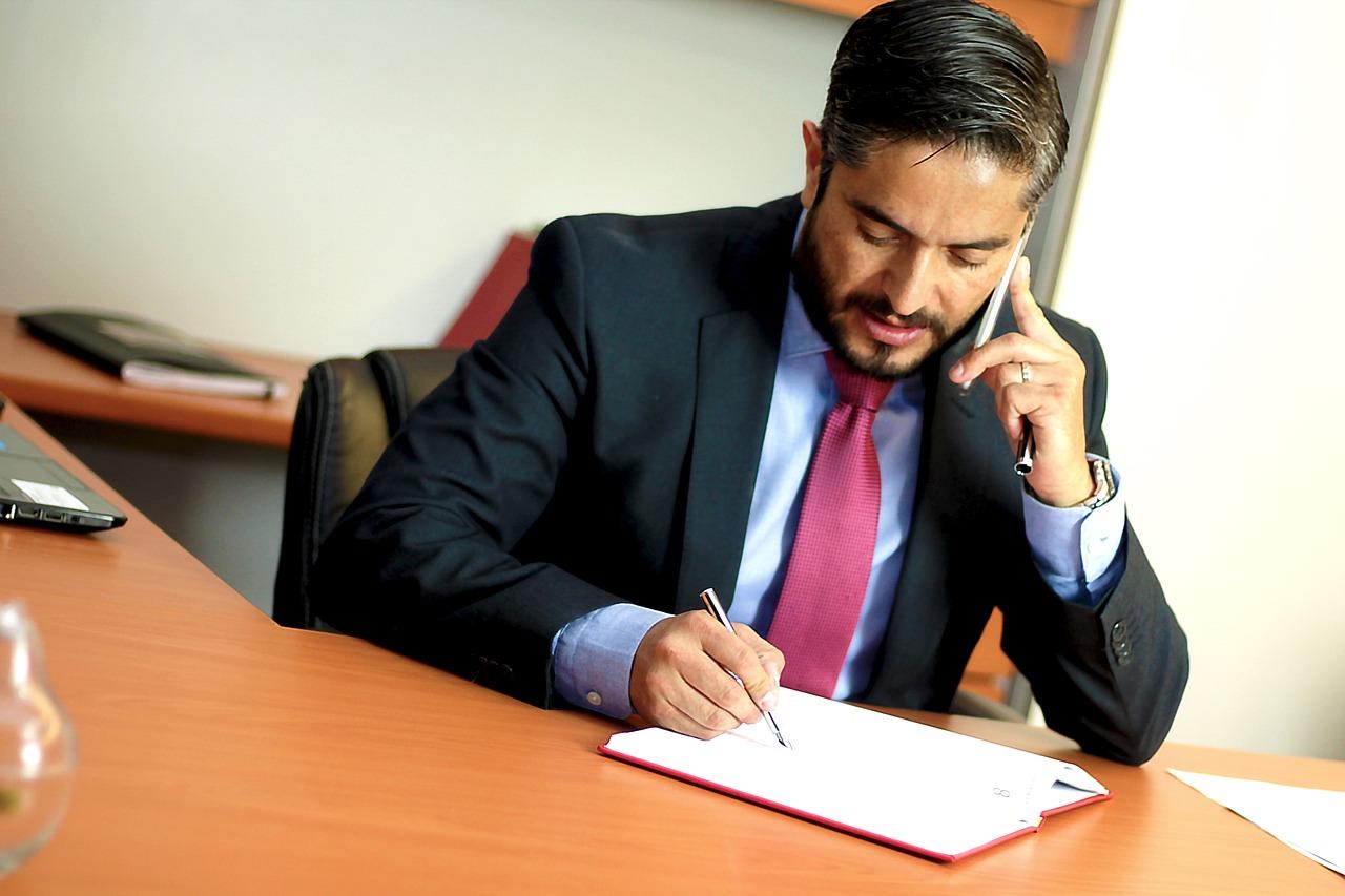 Услуги профессиональных адвокатов: основные преимущества