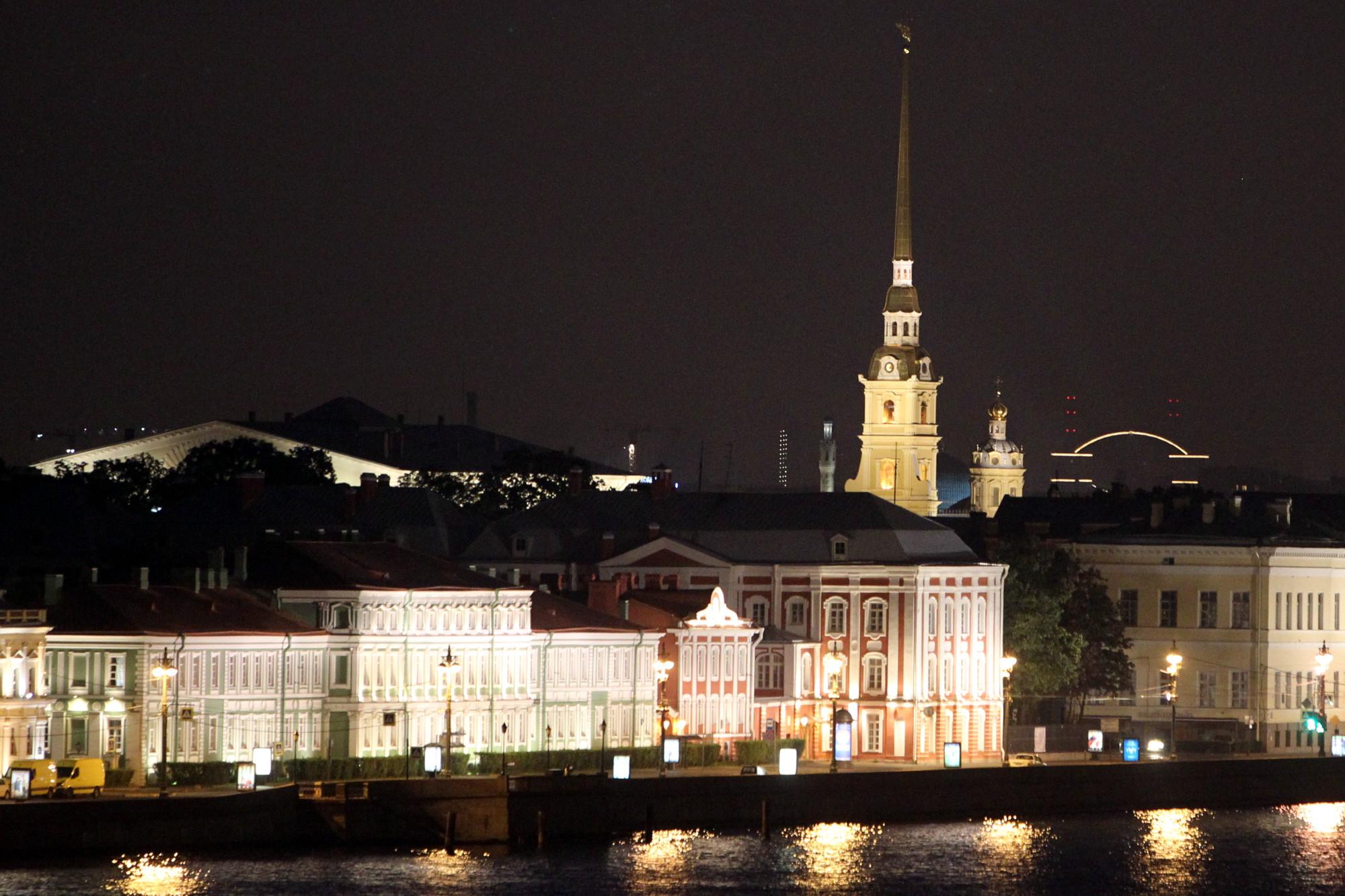 Университетская набережная Петропавловская крепость