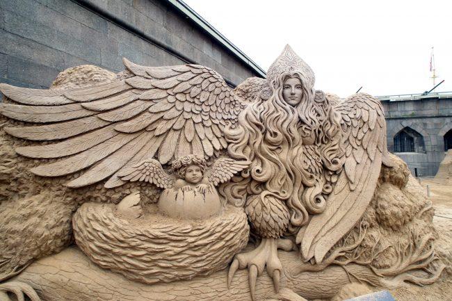 фестиваль песчаных скульптур птица Сирин