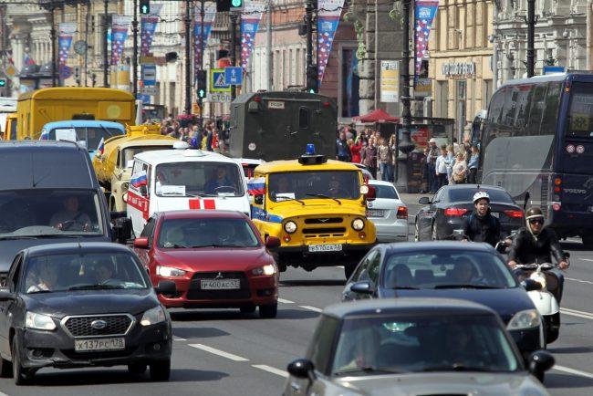 парад ретротранспорта милицейский автомобиль УАЗ-469