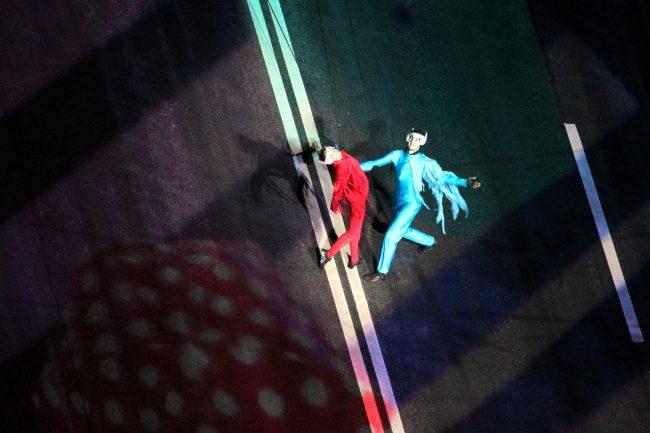 танцы на крыле Дворцового моста