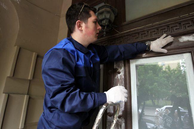 реставраторы волонтёры дом Елисеева (Ломоносова 14)