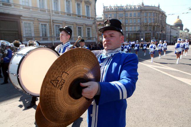 первое мая первомайская демонстрация музыканты