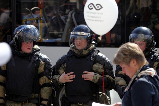 первое мая первомайская демонстрация ОМОН полиция