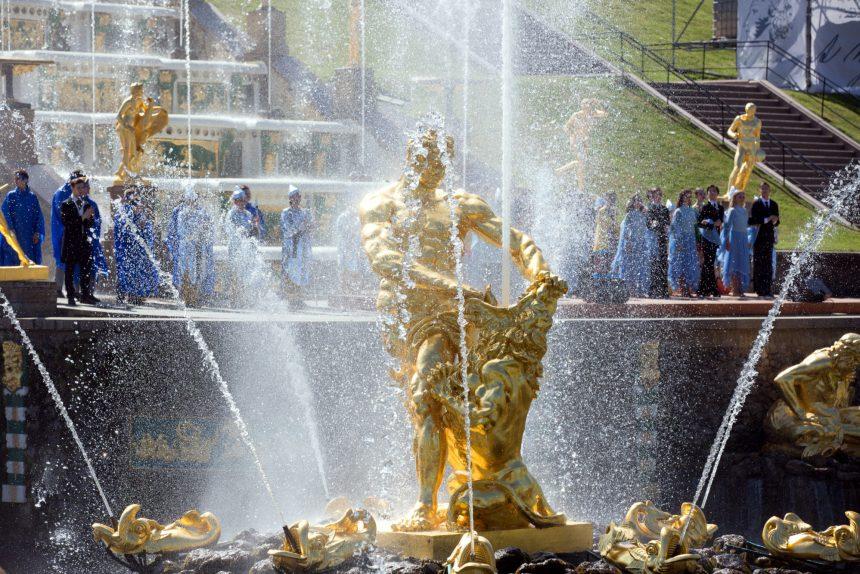 Петергоф фонтаны открытие сезона