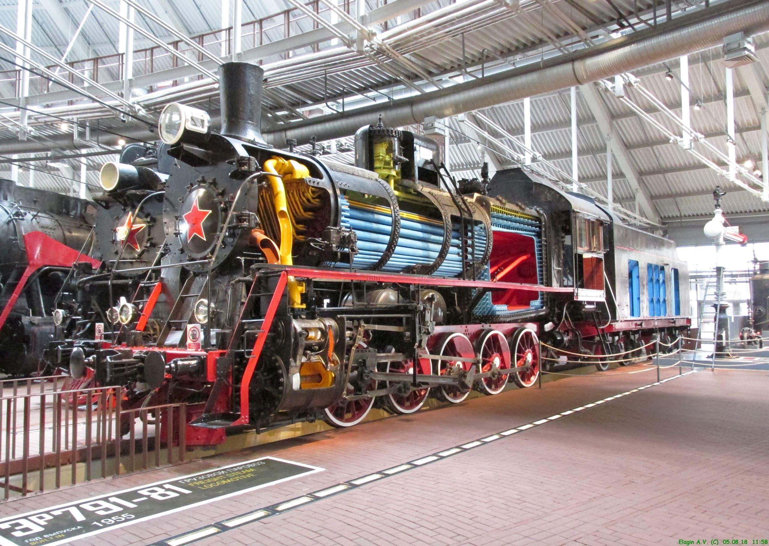 паровоз локомотив музей железных дорог