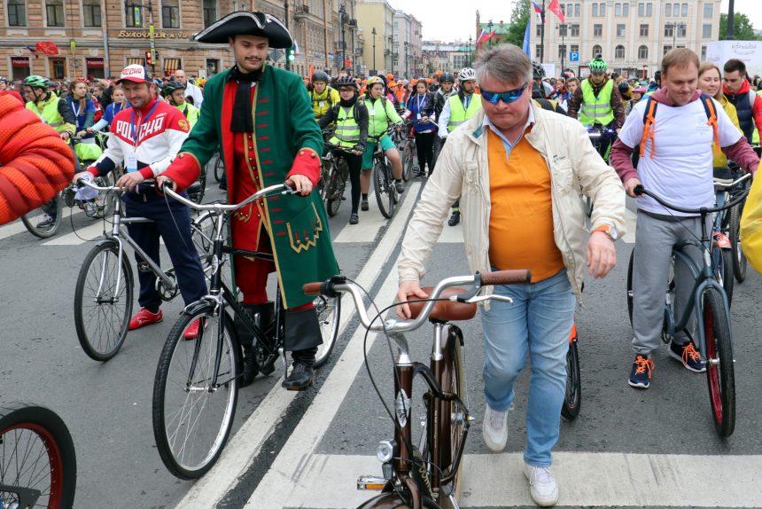 Эдуард Батанов большой велопарад велосипеды