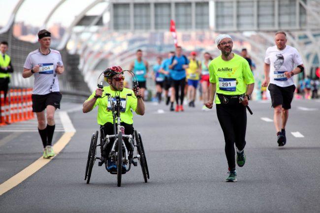 фестиваль ЗСД бег спортсмены лёгкая атлетика инвалиды