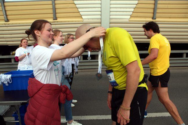 фестиваль ЗСД бег спортсмены лёгкая атлетика медали