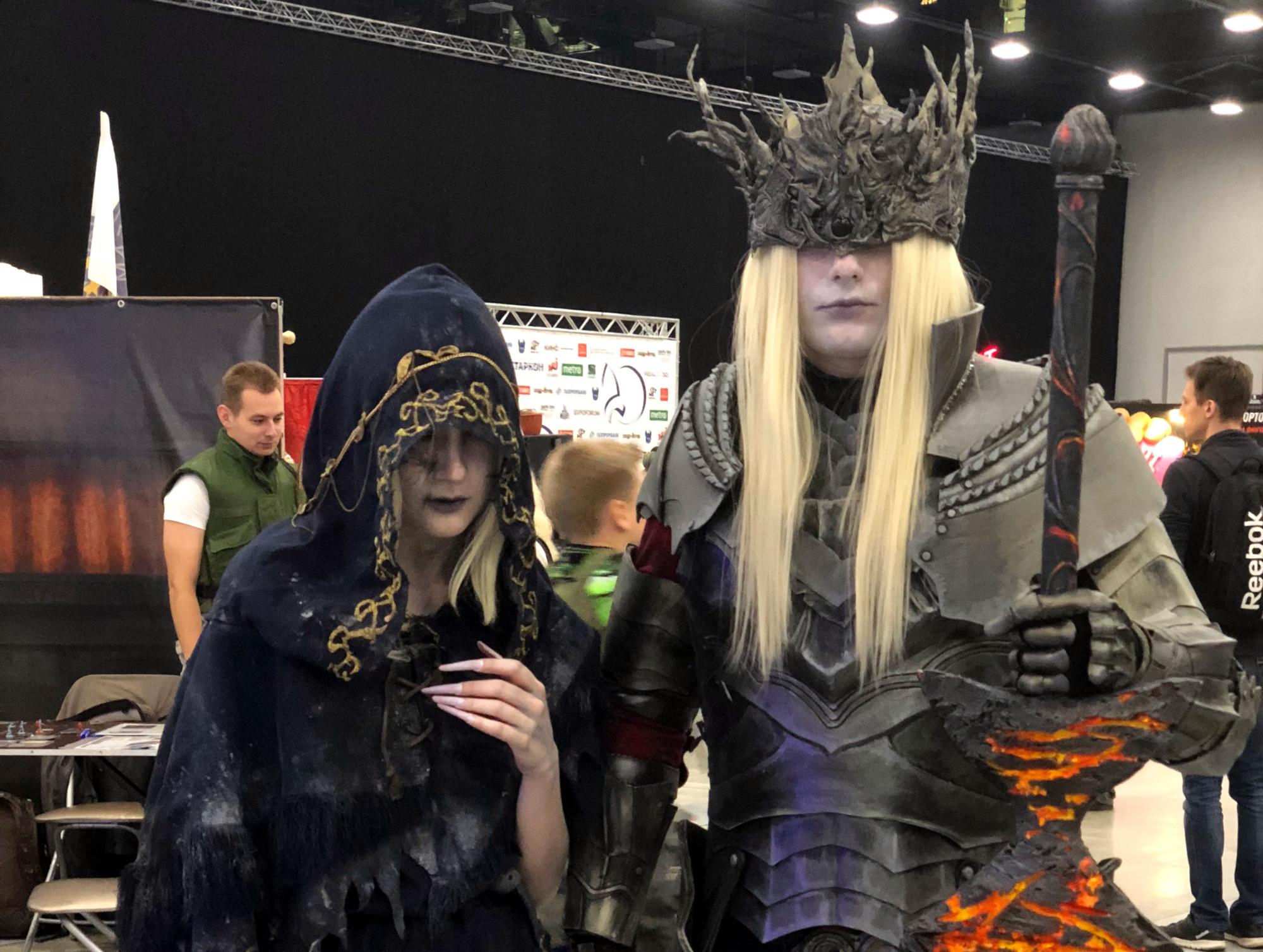 Старкон косплей костюмы фэнтези Лориан и Лотрик