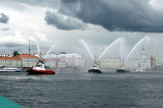 речной фестиваль буксиры