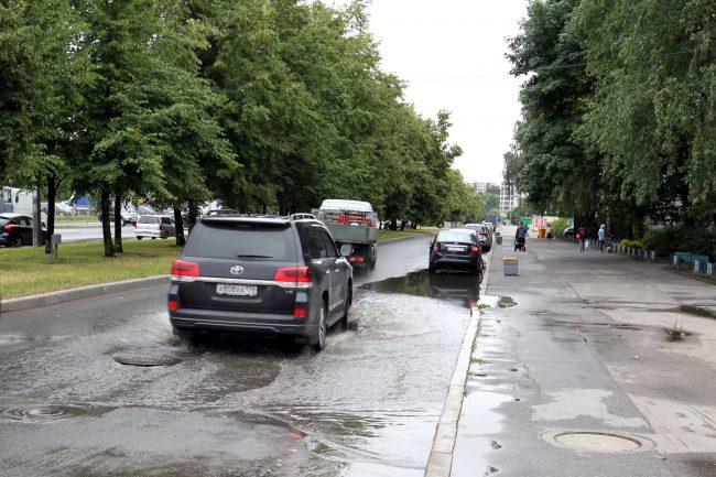 подтопление дождь Парашютная улица