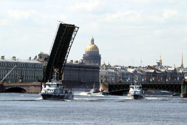 день ВМФ корабли репетиция Троицкий мост разведённый