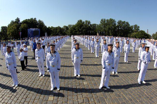 день ВМФ Якорная площадь Морской собор Кронштадт матросы моряки